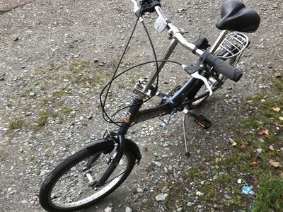"Used Raleigh Swift 20"" Folding Bike click to zoom image"